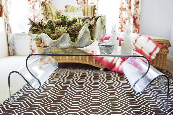 10 Ways to Use Lucite at Home