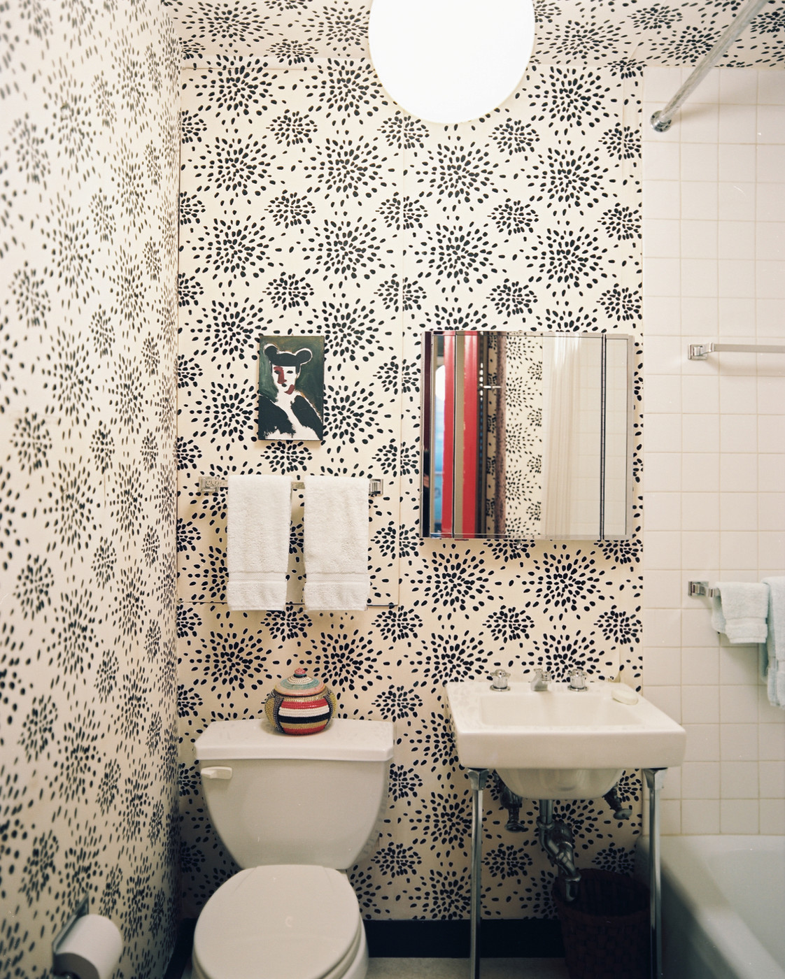 Fun Wallpaper Modern Bathrooms Lonny - Pictures for bathrooms walls