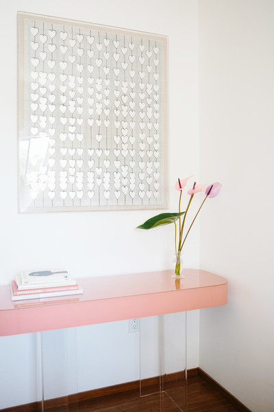 Pink Desk Photos (1 of 2)