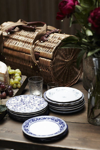 Vintage Tablescape Photos (1 of 118)