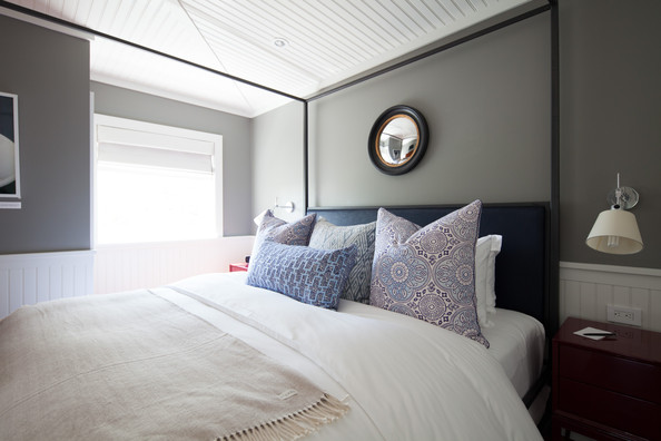 mirror bedroom ceiling paneled ceiling a convex