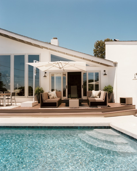 Poolside Deck Photos Design Ideas Remodel And Decor
