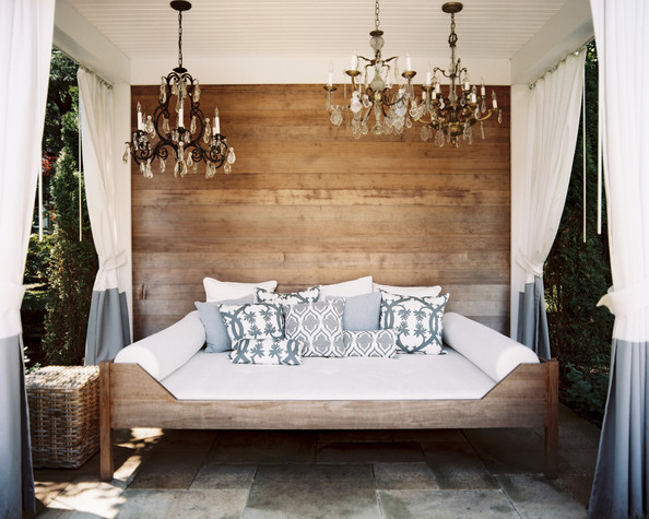 Rustic specialty room photos 18 of 18 lonny for Bohemian style daybed