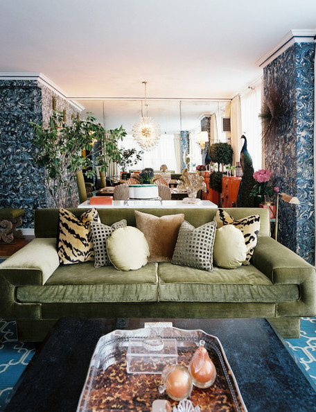 Green Couch Photos (13 of 13) []