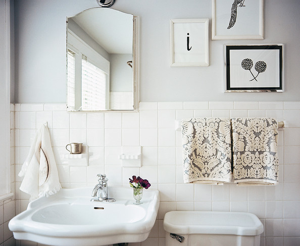 Gallery For White Tile Vintage Bathroom