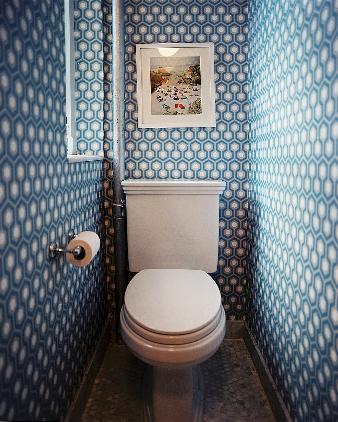 Geometric powder room wallpaper design ideas lonny - Powder room wallpaper ideas ...
