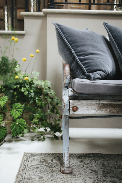 Outdoor-Seating Photos (1 of 18)