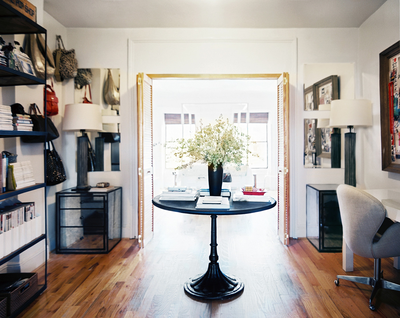 The middle room after apartment makeover how to maximize your small space lonny - Maximize small spaces property ...