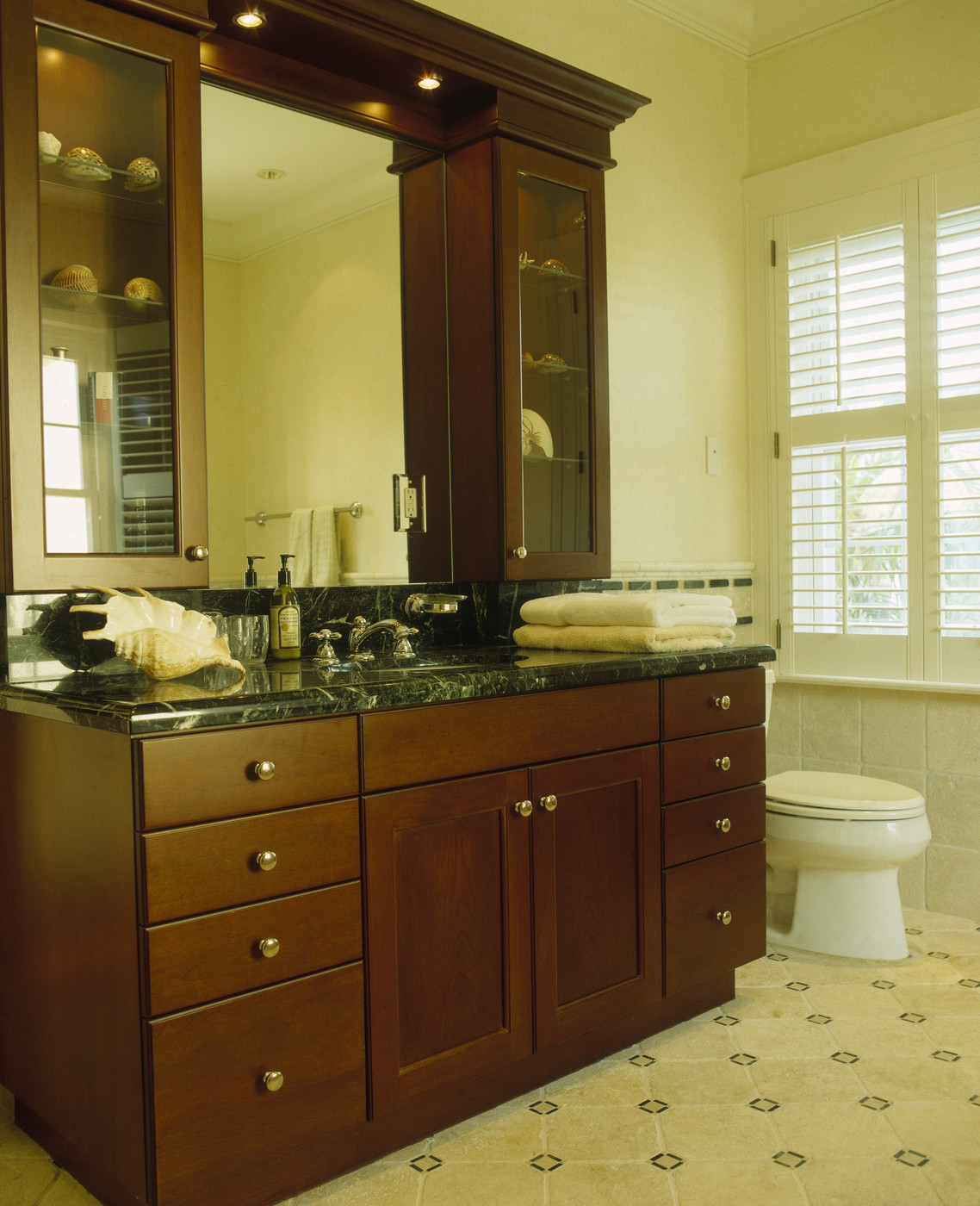 Large Wooden Vanity Unit Photos Design Ideas Remodel