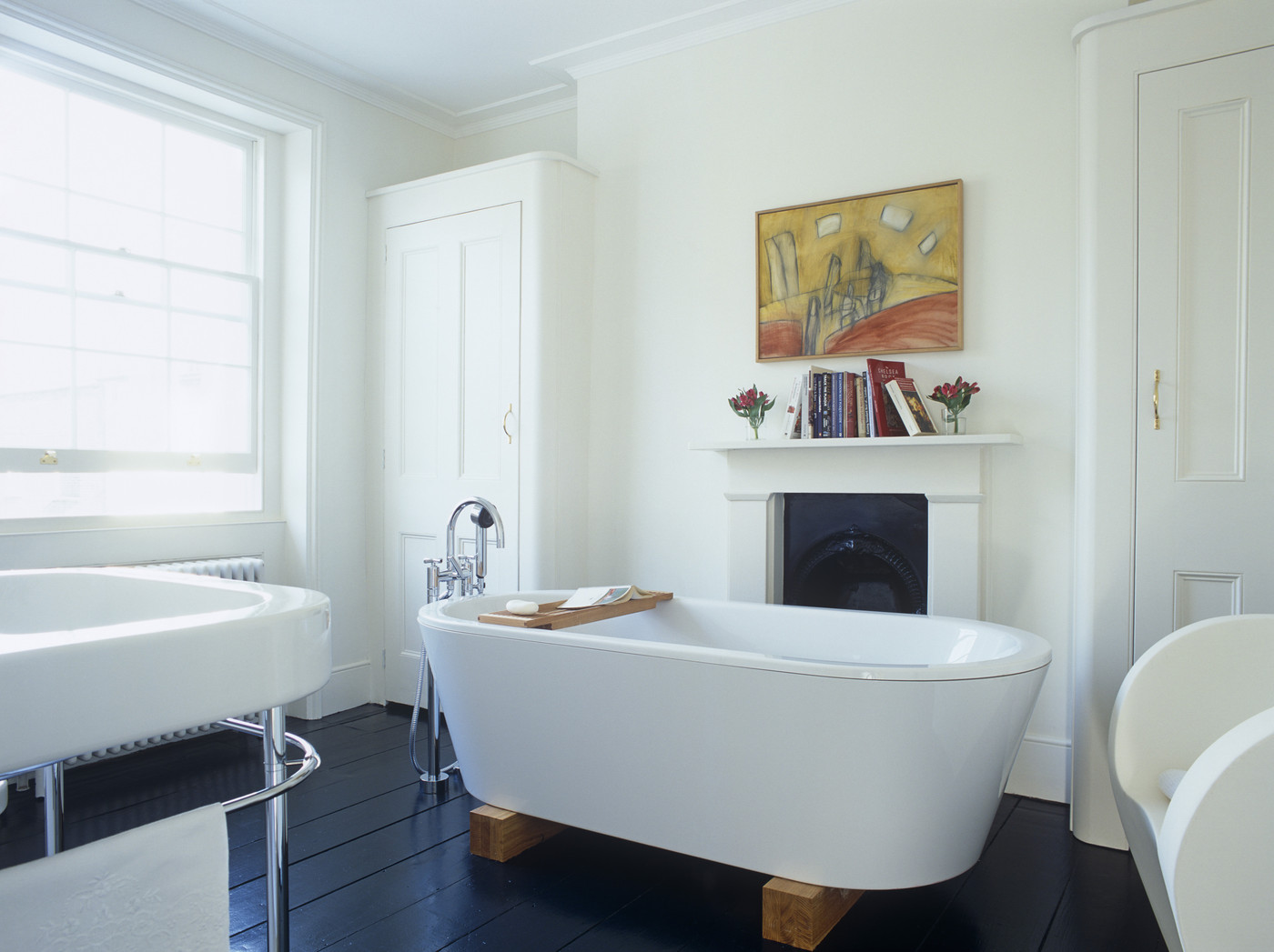 Stand Alone Tub Modern Bathrooms Lonny