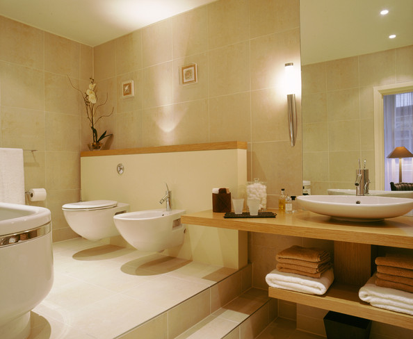 Beige bathroom photos 108 of 188 lonny - Beige bathroom design ...