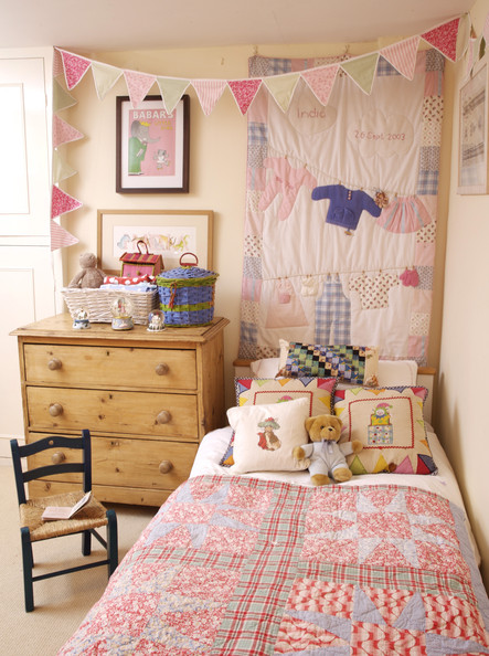 Children 39 s dresser photos design ideas remodel and for Country bedroom ideas for girls