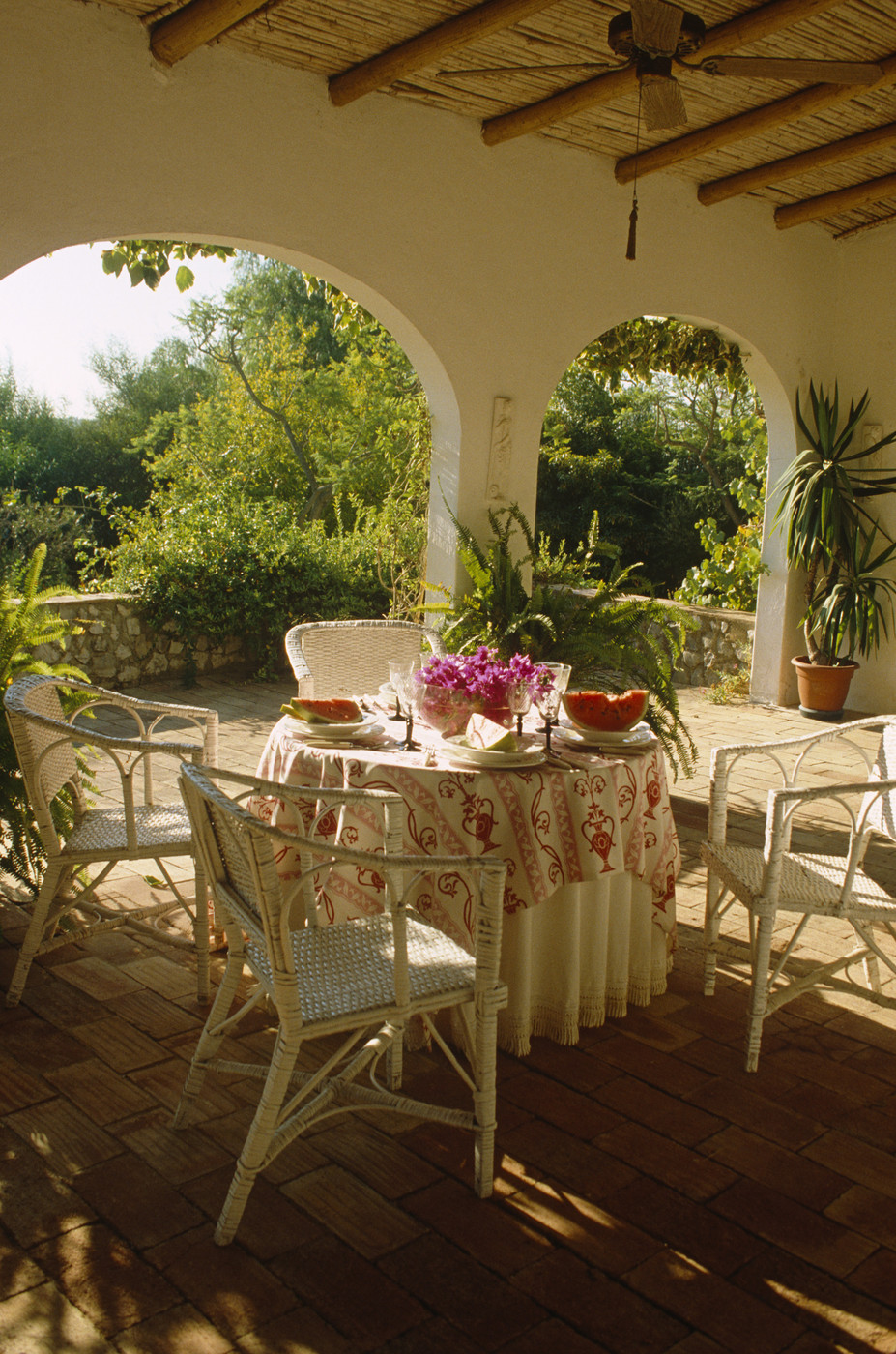 traditional tropical patio - outdoor patio design ideas - lonny