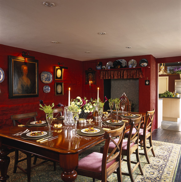 Red Dining Room Photos 73 of 84 Lonny : RedDiningRoomW4N8xNJlvnRl from lonny.com size 589 x 594 jpeg 134kB