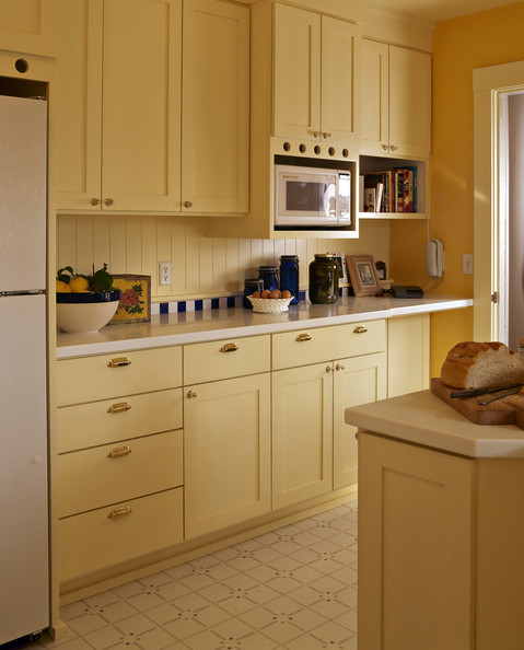 Pale Yellow Country Kitchen: Yellow Kitchen Photos (33 Of 78)