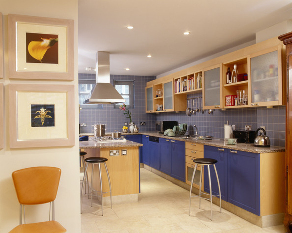 Bold Colored Kitchen Photos (4 of 28)