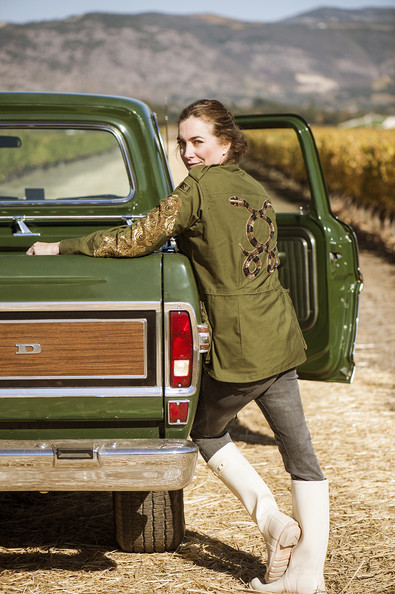 The 10 Essentials You Need for a Stylish Tailgate