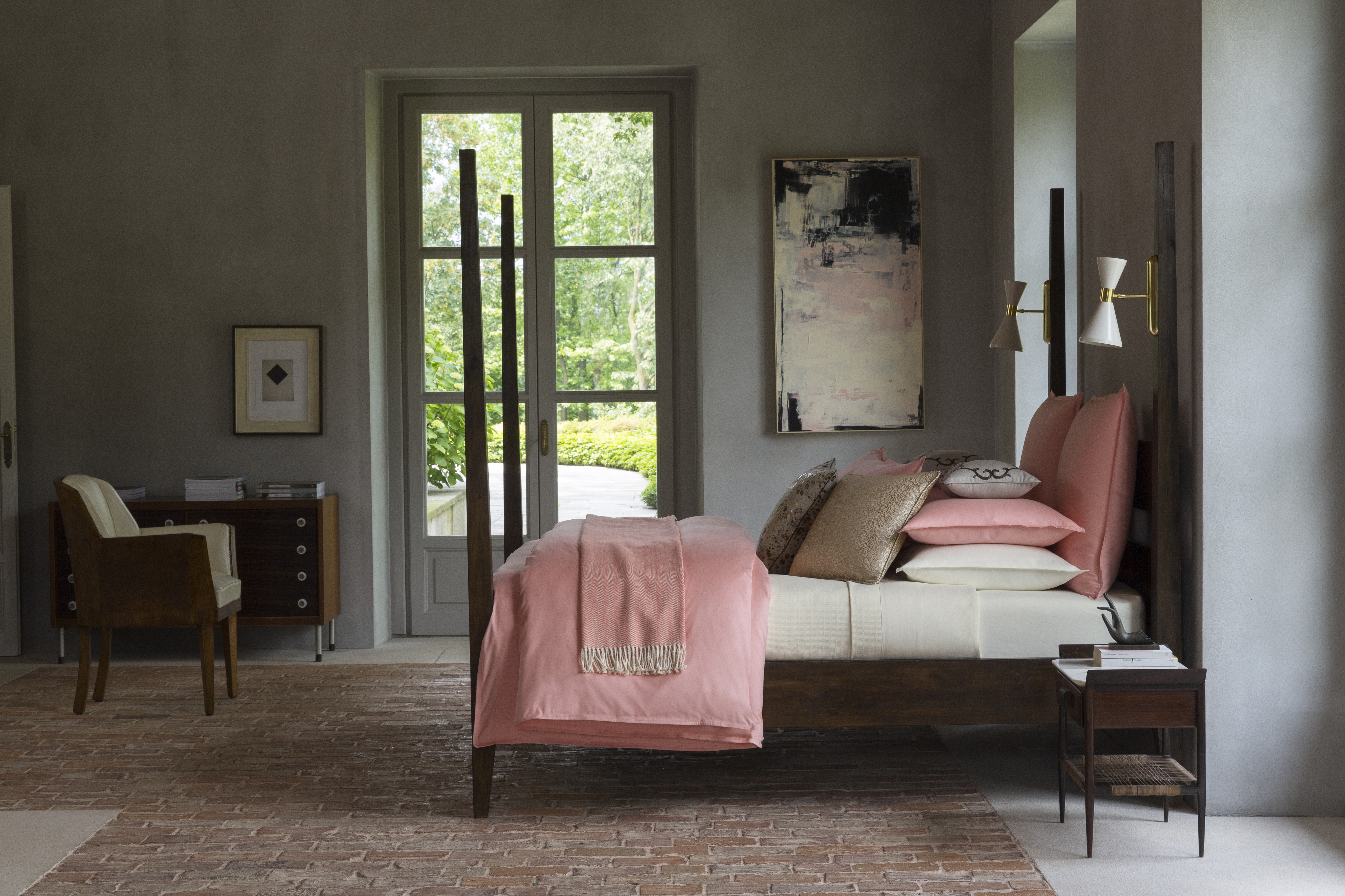 The Larino bedding collection from SFERRA, with the company's Netto, Manto, and Solari pillows.