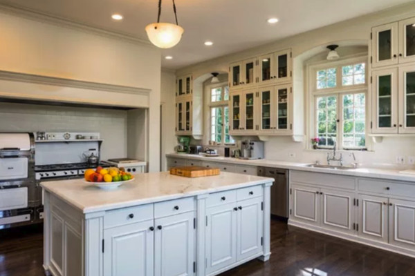 Cool Kitchen - Angelina Jolie Dropped $25 Million On Cecil ...