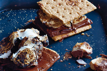 How to Make the Best Smores Ever