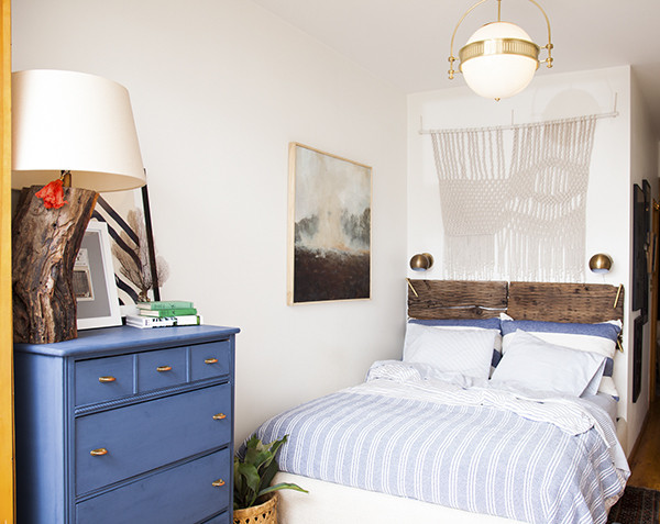 small bedroom makeover ideas before amp after a small space bedroom makeover lonny 17182