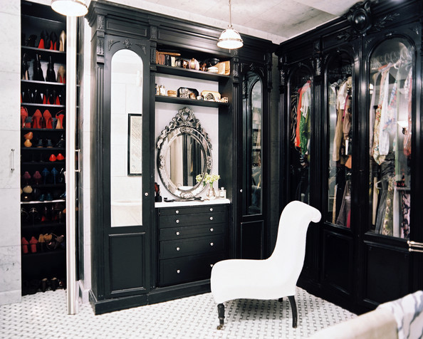 How to Create a Covetable Closet