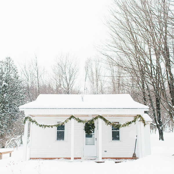 This Remote Michigan Cottage Makes Us Want To Go Off-Grid