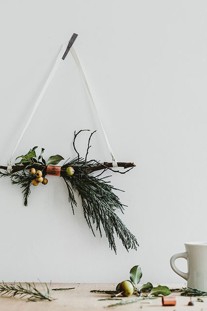 Diy to try copper and twig wreath do it yourself projects lonny courtesy of erika rax solutioingenieria Gallery
