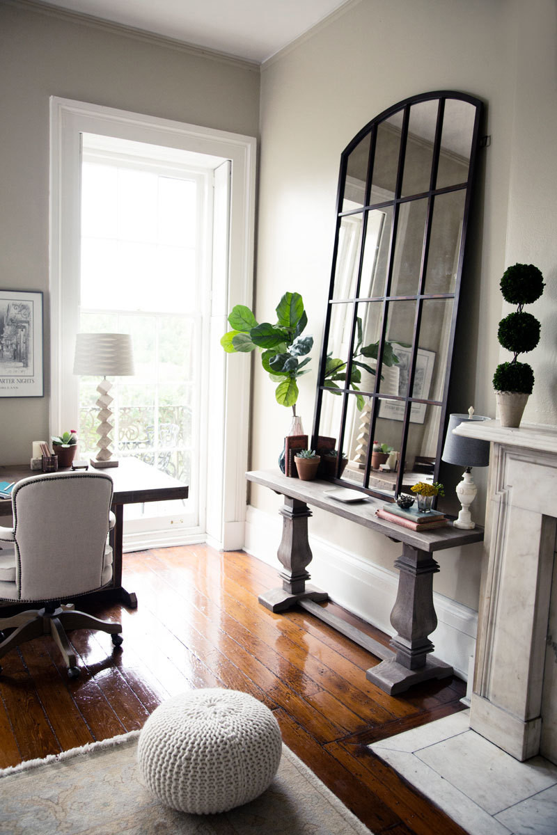 Get The Look: Lindsey Callau0027s New Orleans Living Room