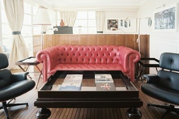 Lonny Lexicon, Lesson Eight: The Chesterfield