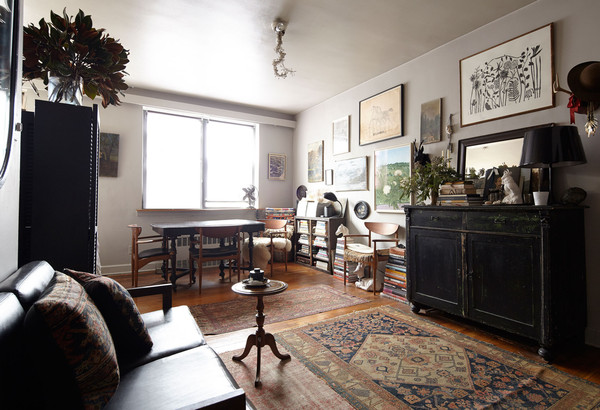 Cutting A Rug Home Tour Ann Stephenson Apartment In Nyc Lonny