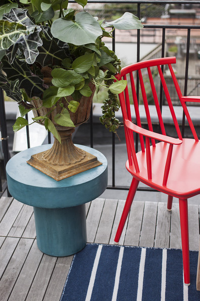 Plant Stands: The Versatile Piece of Furniture We're Obsessed With Right Now