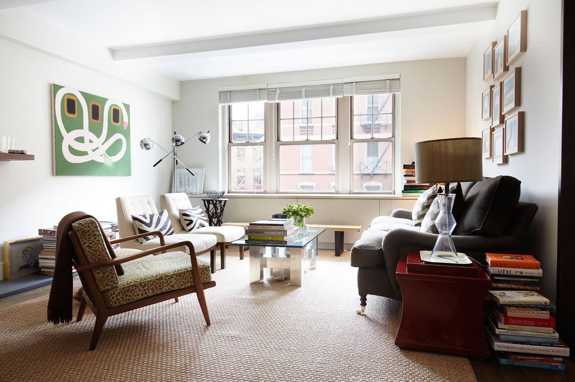 Delightful Peter Somu0027s New York City Apartment. Generous Seating In The Living Room  Allows For Stylish Entertaining.