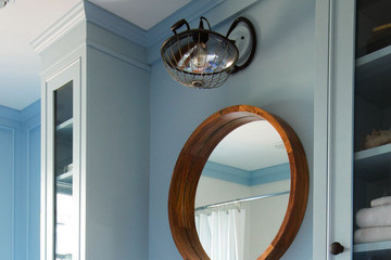 Before + After: From Midcentury to Old-World in a Small Bathroom