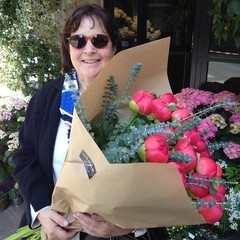 This is Where Ina Garten Shops for Flowers in Paris