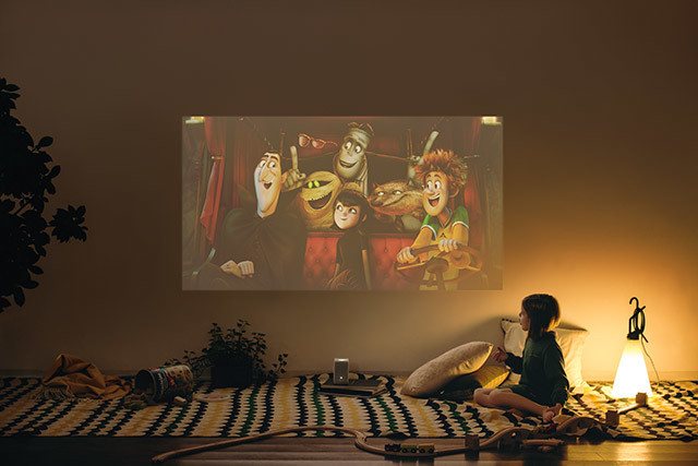 The Lonny Trials: Sony Portable Projector