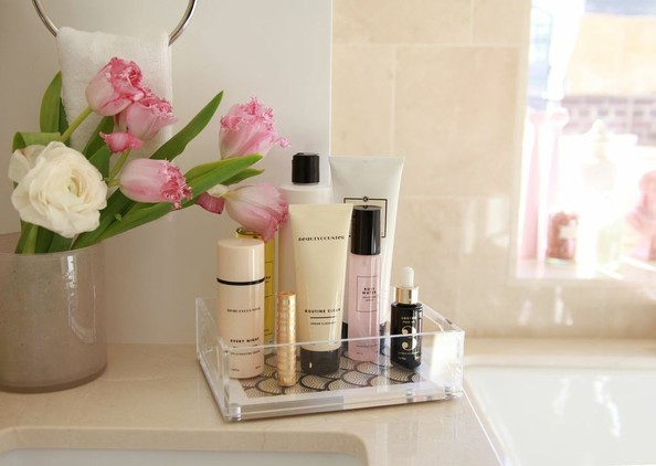 how to instantly declutter your bathroom counter  kitchens,
