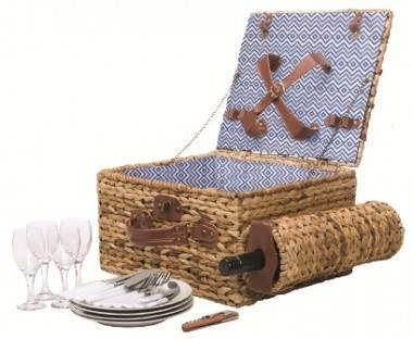 Jervis Picnic Basket for Four by SunnyLIFE