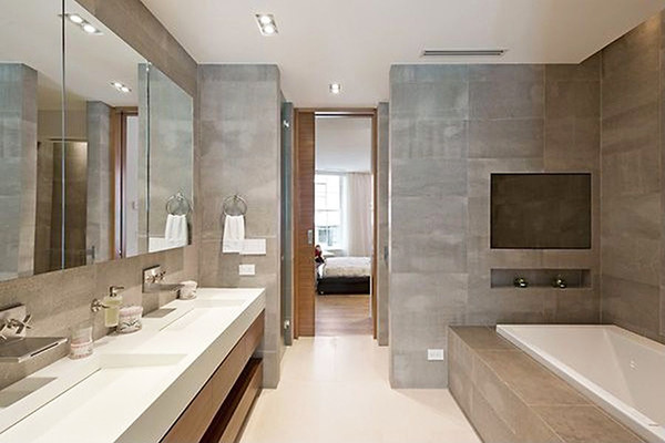 Bathroom bliss taylor swift bought her neighbor 39 s 18 for Bathroom design 5m2