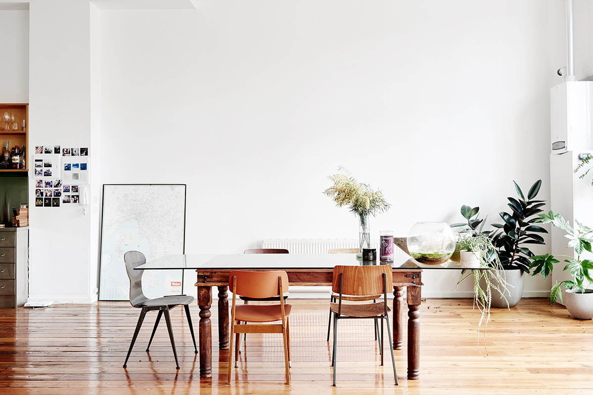 Erika Geraerts and Charl Laubscher's all-white Melbourne loft is a lesson in living minimally and artfully.