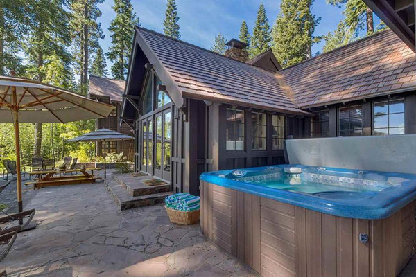 Take A Dip - Inside Mark Zuckerberg's $59 Million Lake Tahoe Compound - Lonny