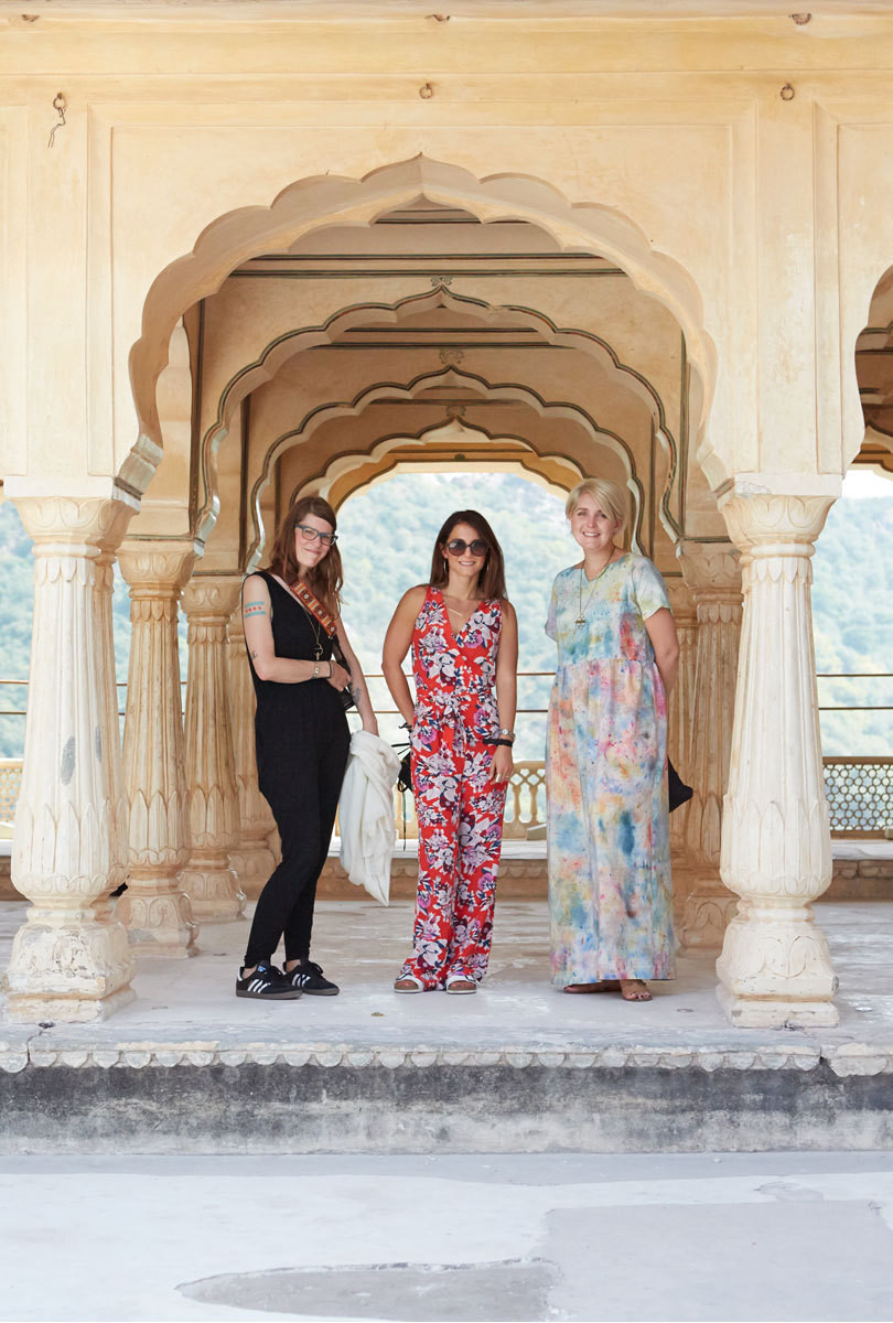 Dee Clements, textile buyer Stefanie Ricciardi, and Michelle Kohanzo at Jaipur's Amber Fort.