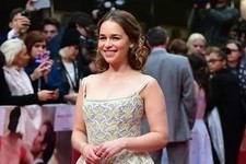 Look of the Day: Emilia Clarke's Tiered Frock