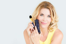 McKenzie Westmore's Tip For Flawless Foundation Application