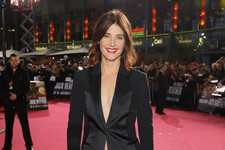 Look of the Day: Cobie Smulders' Menswear Chic
