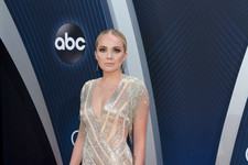 Every Single Look From The 2018 CMA Awards